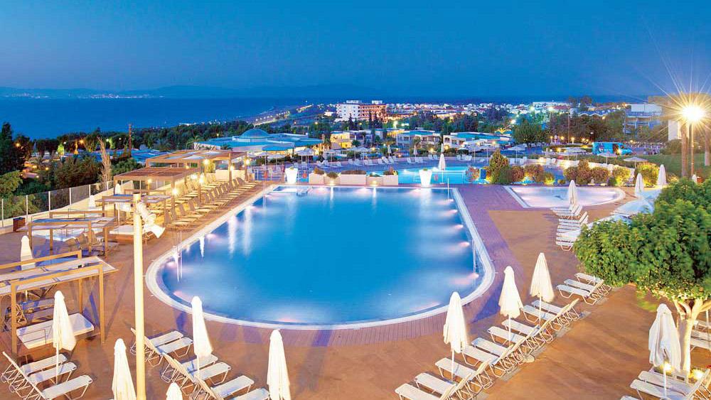 kipriotis-panorama-hotel-suites